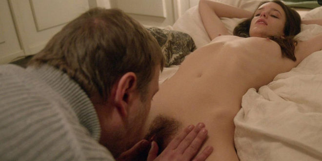 Stacy Martin Receives A Cunnilingus In Nymphomaniac Vol 1 At