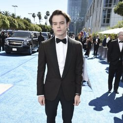 Charlie Heaton at the Emmys 2018 red carpet
