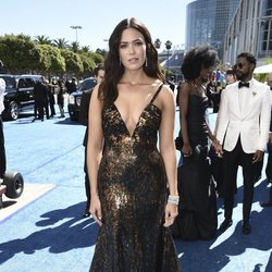 Mandy Moore at the Emmys 2018 red carpet
