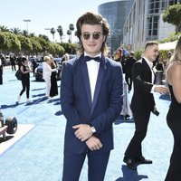 Joe Keery at the Emmys 2018 red carpet