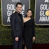 Jim Carrey and Ginger Gonzaga at the Golden Globes 2019 red carpet