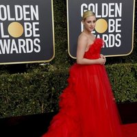 Lili Reinhart on the red carpet at the Golden Globes 2019