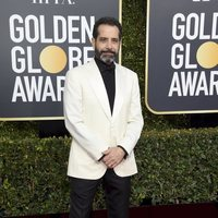 Tony Shalhoub at the Golden Globes 2019 red carpet