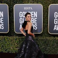 Penélope Cruz at the Golden Globes 2019 red carpet