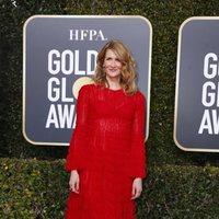 Laura Dern at the Golden Globes 2019 red carpet
