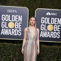 Saoirse Ronan at the Golden Globes 2019 red carpet