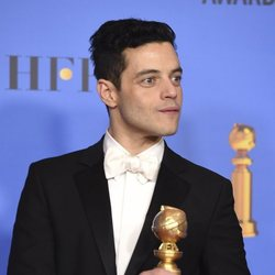 Rami Malek poses with his Golden Globe