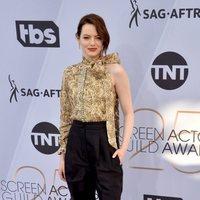 Emma Stone at the 2019 SAG Awards red carpet