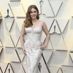 Amy Adams on the red carpet at the Oscars 2019