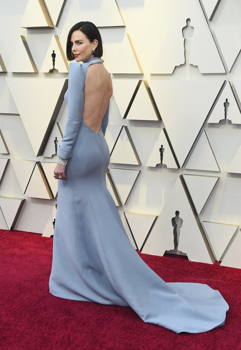 Charlize Theron on the red carpet at the Oscars 2019
