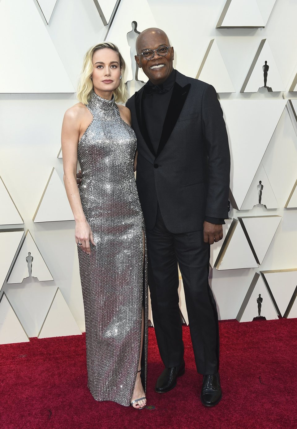 Brie Larson and Samuel L. Jackson at the Oscars 2019 red carpet