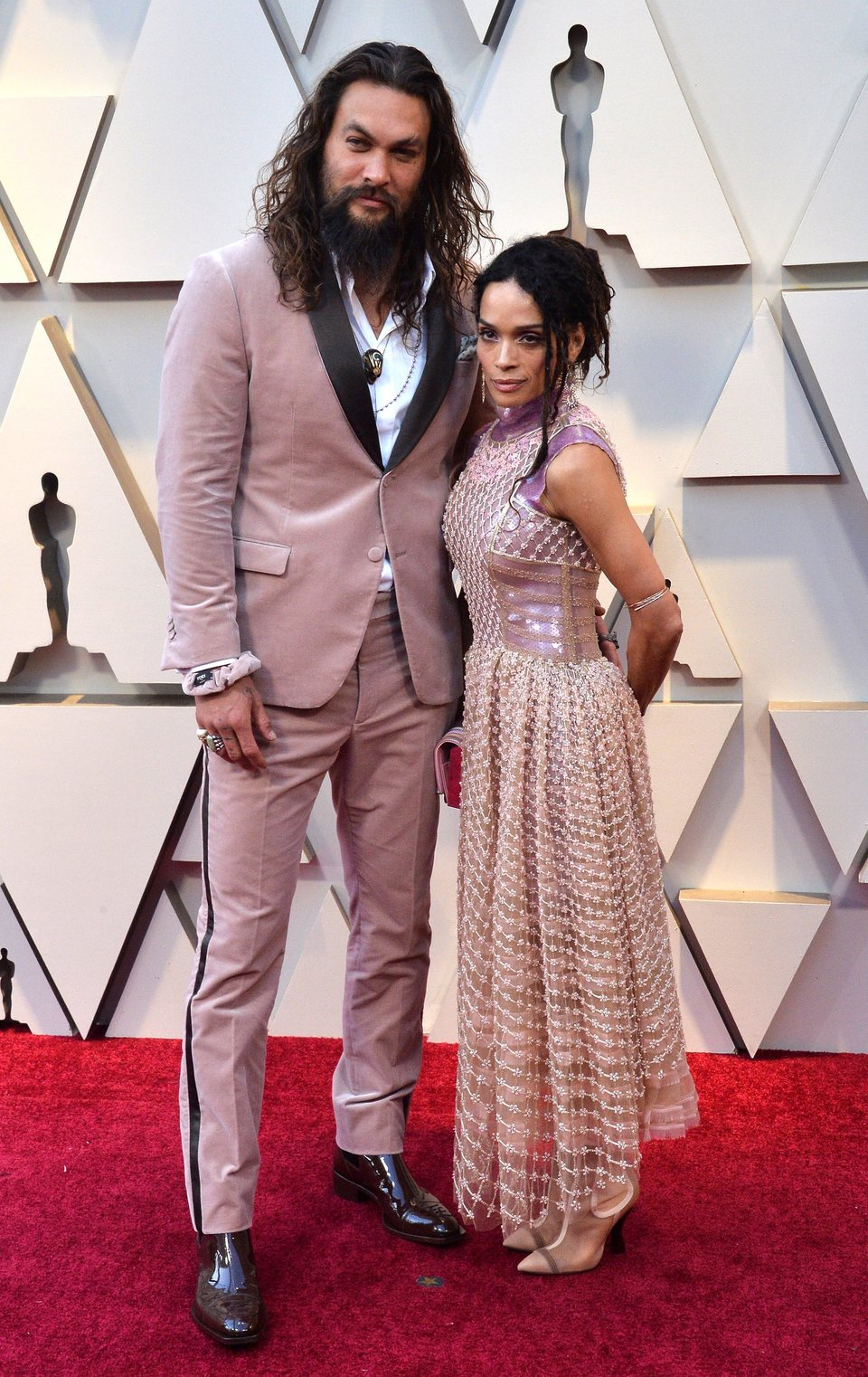 Jason Momoa and Lisa Bonet on the red carpet at the Oscars 2019