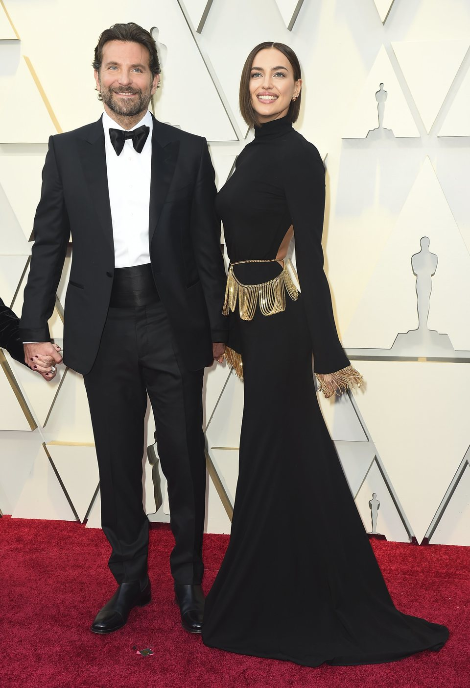 Bradley Cooper and Irina Shayk on the red carpet at the Oscars 2019