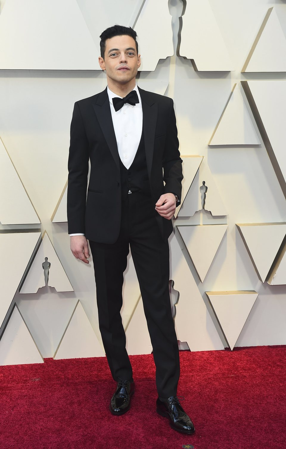 Rami Malek on the red carpet at the Oscars 2019