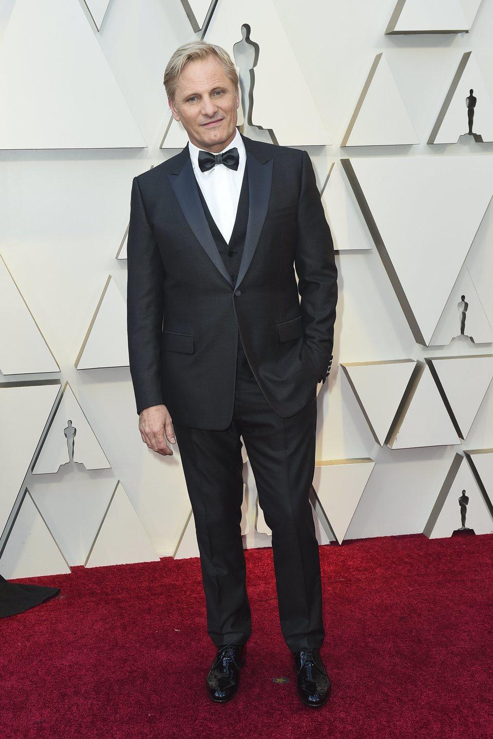 Viggo Mortensen on the red carpet at the Oscars 2019