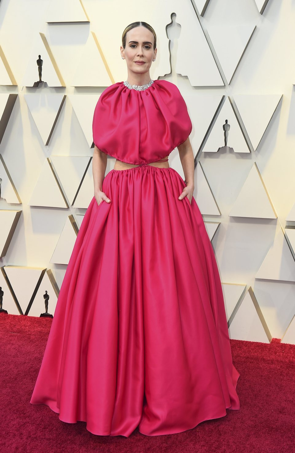 Sarah Paulson on the red carpet at the Oscars 2019