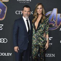Josh Brolin and Karthyn Boyd on the red carpet of 'Avengers: Endgame'