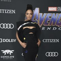 Tessa Thompson on the red carpet of 'Avengers: Endgame'