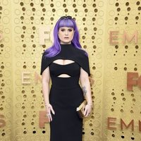 Kelly Osbourne at the Emmy 2019 red carpet