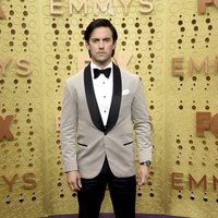 Milo Ventimiglia at the Emmy 2019 red carpet