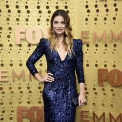 Annie Murphy at the Emmy 2019 red carpet