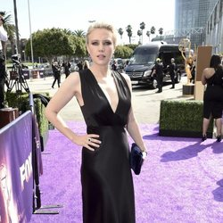 Kate Mckinnon at the Emmy 2019 red carpet