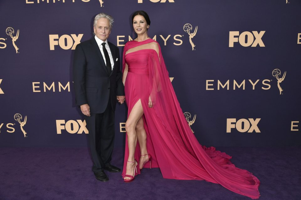 Michael Douglas y Catherine Zeta Jones at the Emmy 2019 red carpet