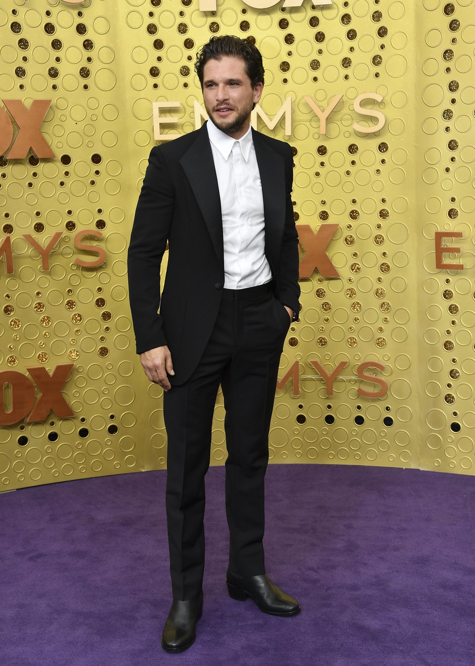 Kit Harrington at the Emmy 2019 red carpet