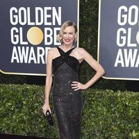 Naomi Watts at the Golden Globes 2020 red carpet