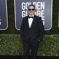 Joaquin Phoenix at the Golden Globes 2020 red carpet