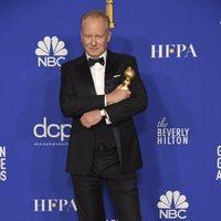 Stellan Skarsgård poses with his Golden Globe for 'Chernobyl'