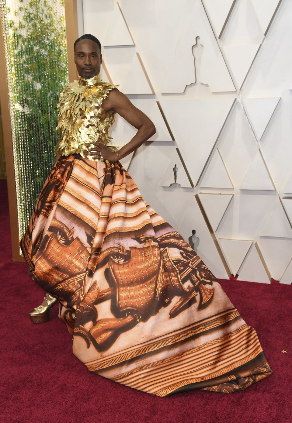 Billy Porter at the Oscars 2020 red carpet