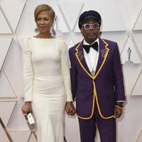 Spike Lee on the red carpet at the 2020 Oscar Awards