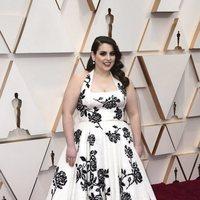 Beanie Feldstein at the 2020 Oscar red carpet