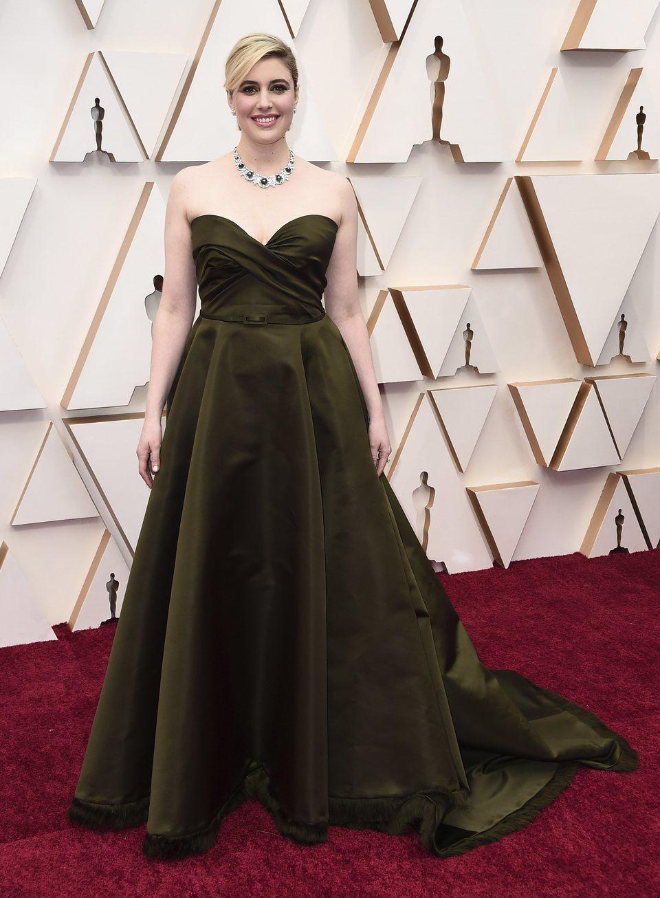 Greta Gerwig at the Oscar 2020 red carpet
