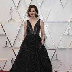 Geena Davis at the Oscar 2020 red carpet