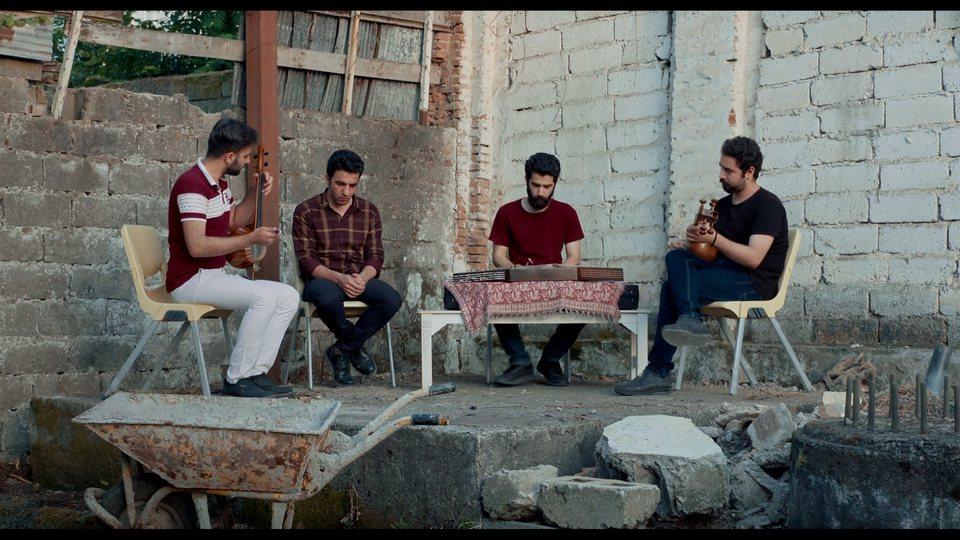Tehran Blues, fotograma 7 de 10