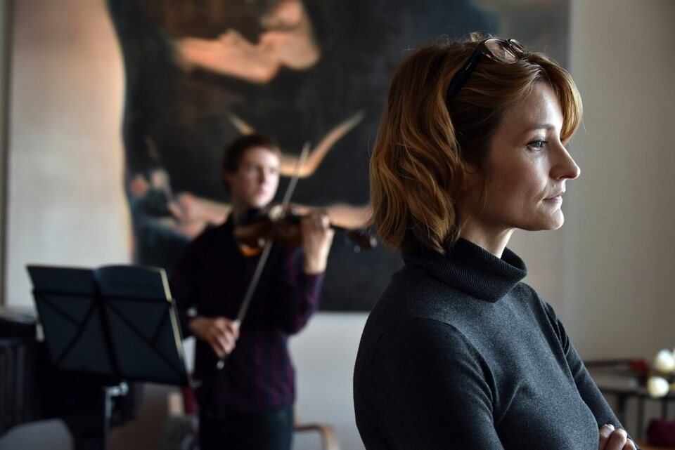 The Violin Player, fotograma 10 de 10