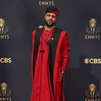 O-T Fagbenle at the Emmy's 2021 red carpet