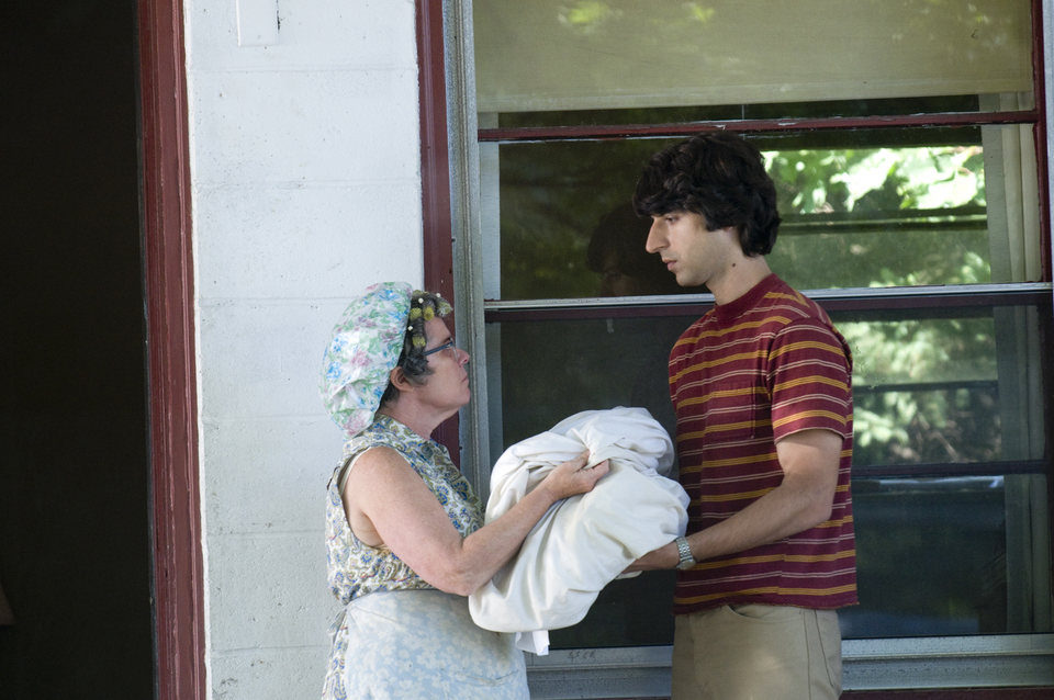 Taking Woodstock, fotograma 14 de 44