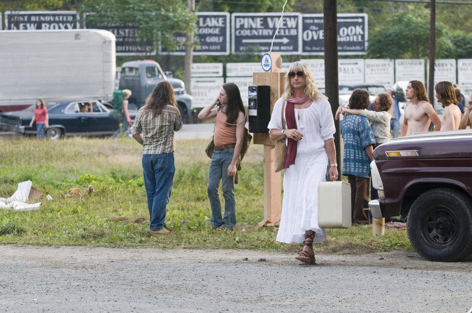 Taking Woodstock, fotograma 24 de 44