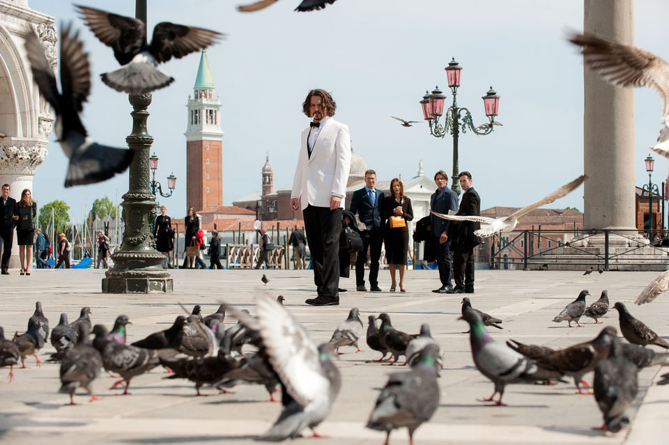 The Tourist, fotograma 3 de 24