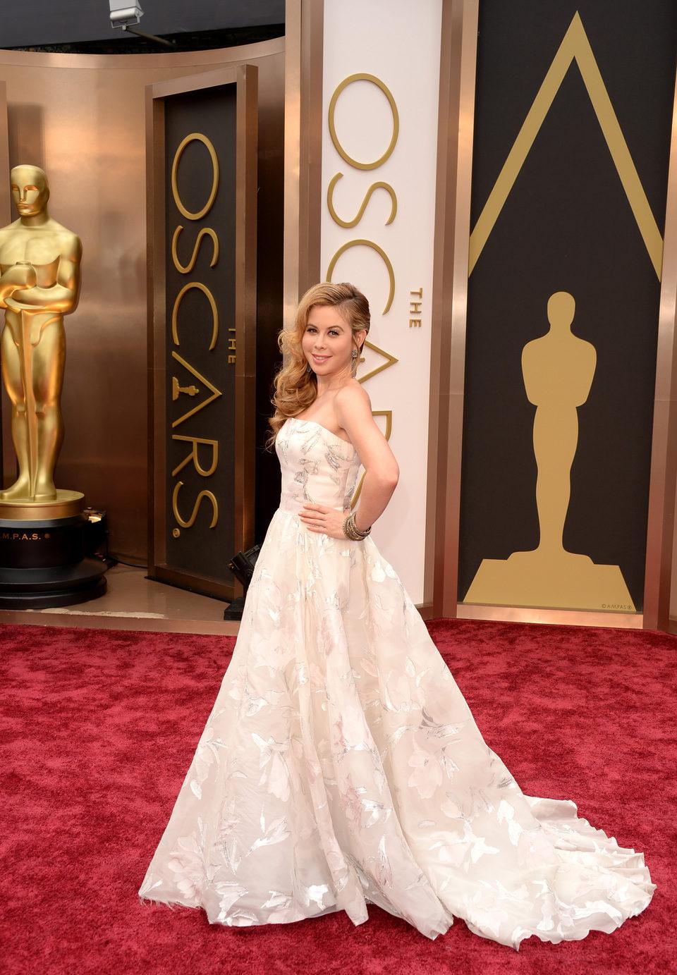 Tara Lipinski on the red carpet at the 2014 Oscars
