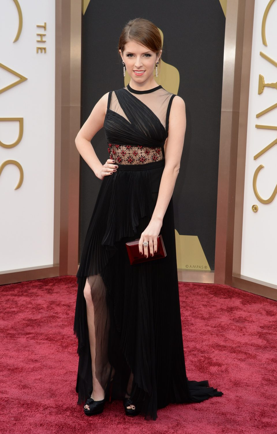Anna Kendrick at the 2014 Oscars