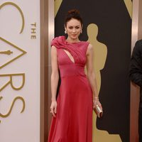 Olga Kurylenko at the 2014 Oscars red carpet