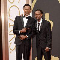 Faysal Ahmed y Barkhad Abdi at the 2014 Oscars
