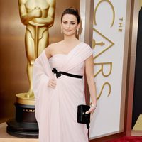 Penélope Cruz at the 2014 Oscars