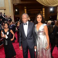 Sidney Poitier on the red carpet at the 2014 Oscars