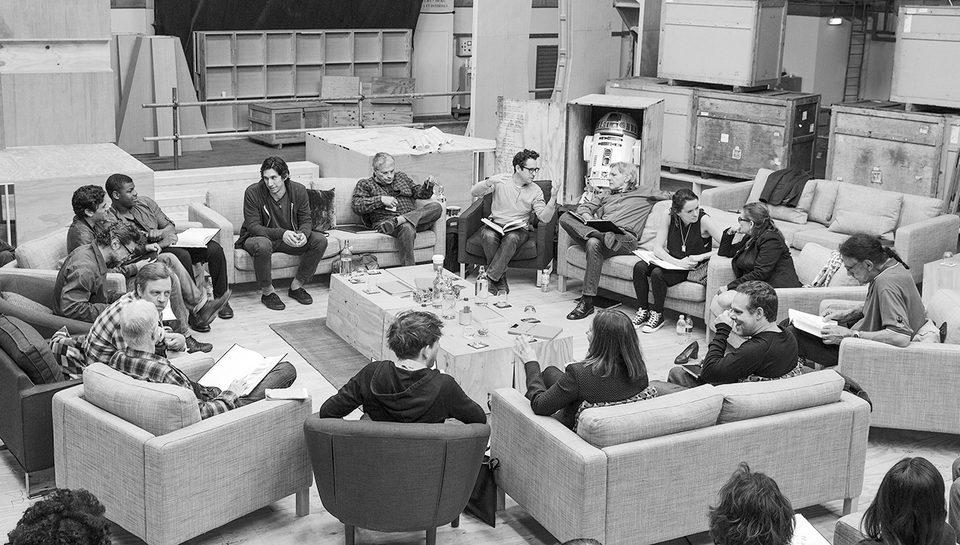Star Wars: Episode VII - The Force Awakens, fotograma 1 de 47