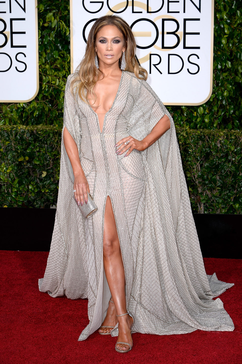 Jennifer Lopez at the Golden Globes 2015 red carpet